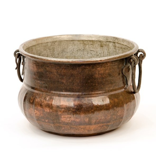 #22109 Flanged Cauldron - Medium
