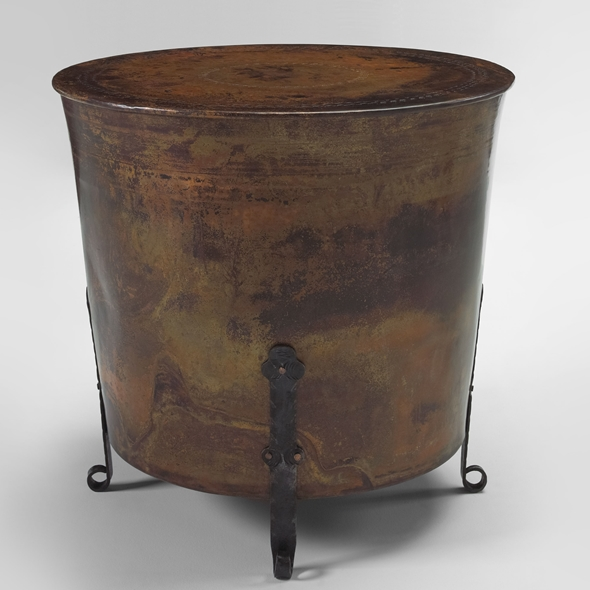 "#22305 Cauldron Table - Round (30x28"")"